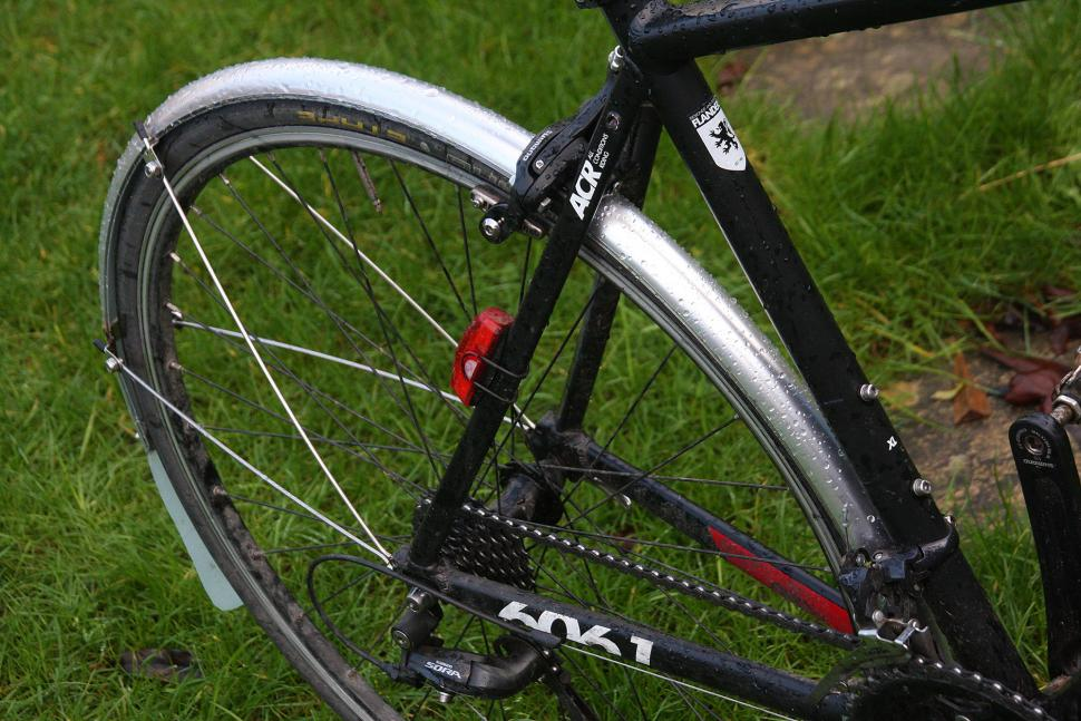 MPart 700 x 35mm Commute mudguards - rear.jpg