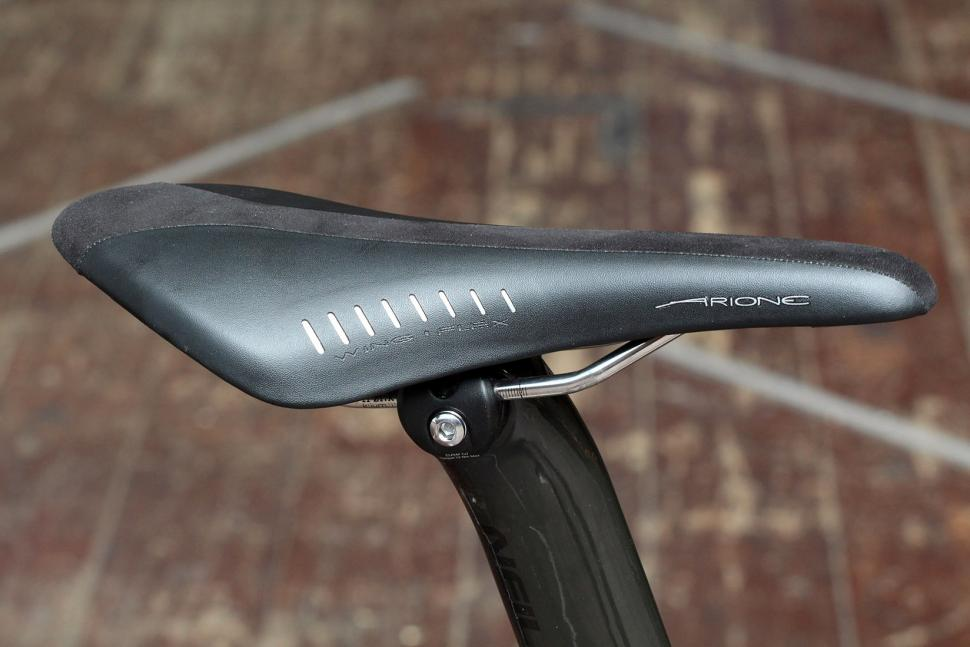 Neil Pryde Nazare - saddle.jpg