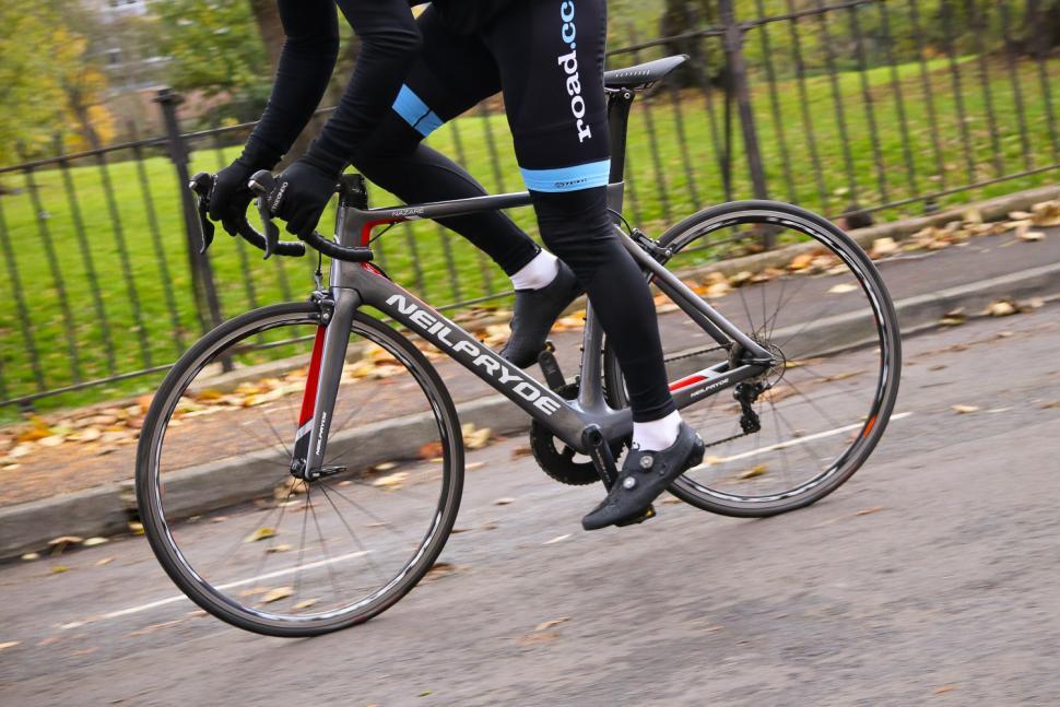 Neil Pryde Nazare SL - riding 3.jpg
