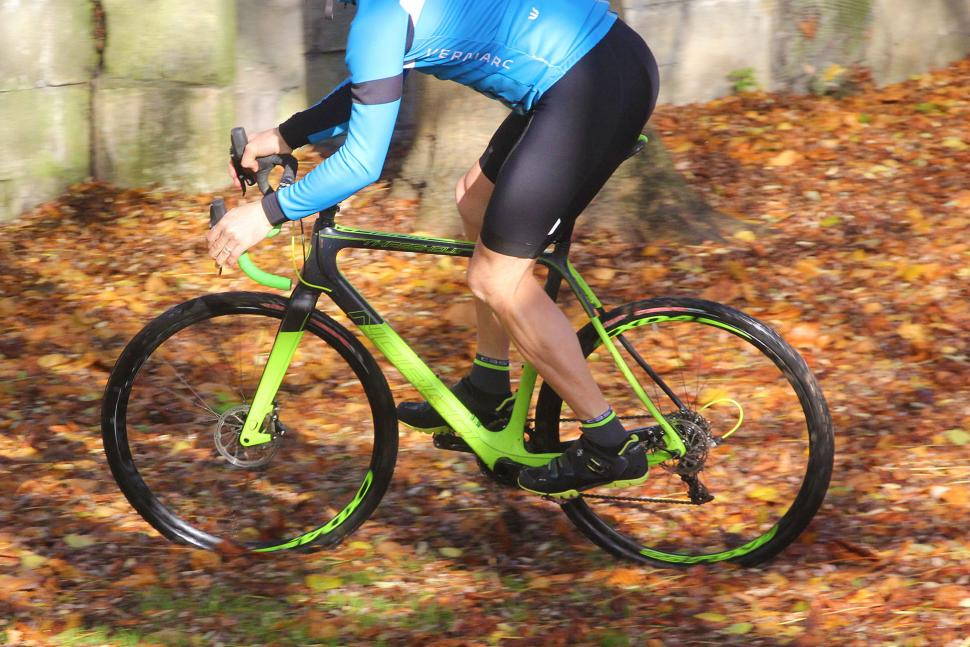 Norco Threshold C - riding 2.jpg