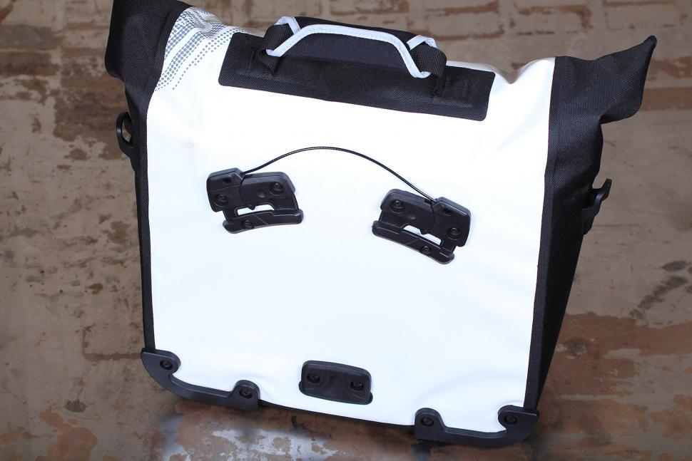 Ortlieb Downtown Office Bag - back.jpg