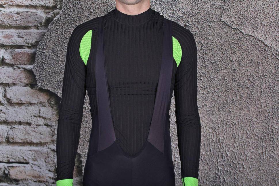Pearl Izumi Pro Pursuit Cycling Bib Tight - straps front.jpg