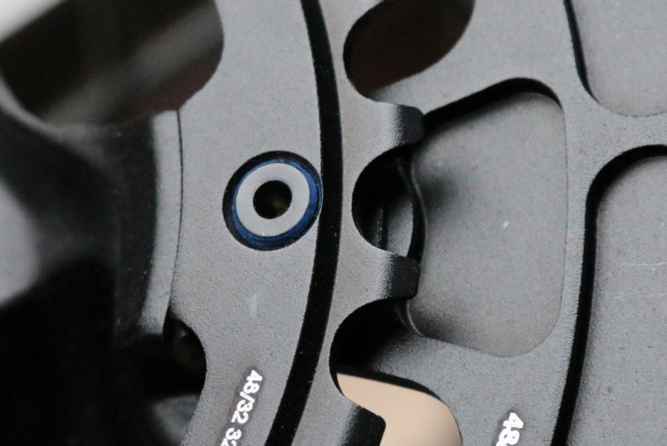 Praxis Works Alba M30 - chainring bolt detail.JPG