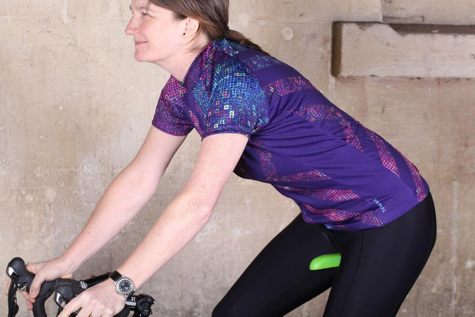 Primal Pixel18 Womens Cycling Jersey - riding.jpg