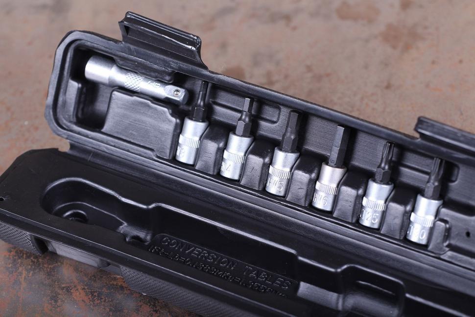 PRO 3-15 Nm torque wrench set - adaptors.jpg