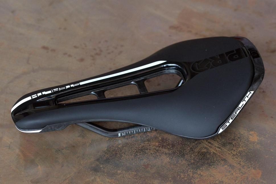 Review Pro Stealth Saddle Road Cc