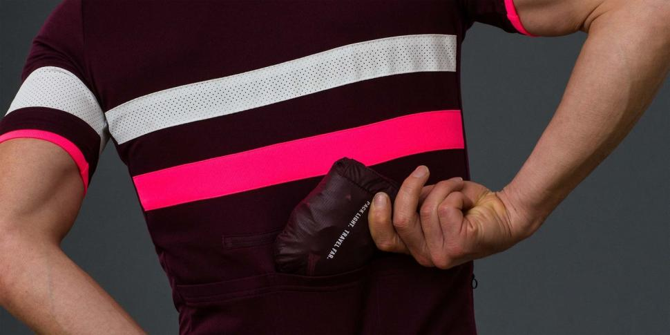 rapha brevet flyweight jacket4.jpeg