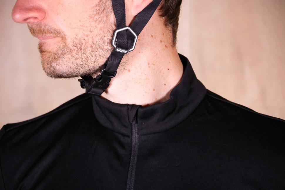 Rapha Classic Long Sleeve Jersey II - collar.jpg