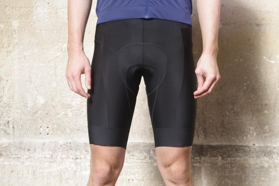 Review Rapha Men S Core Bib Shorts Road Cc