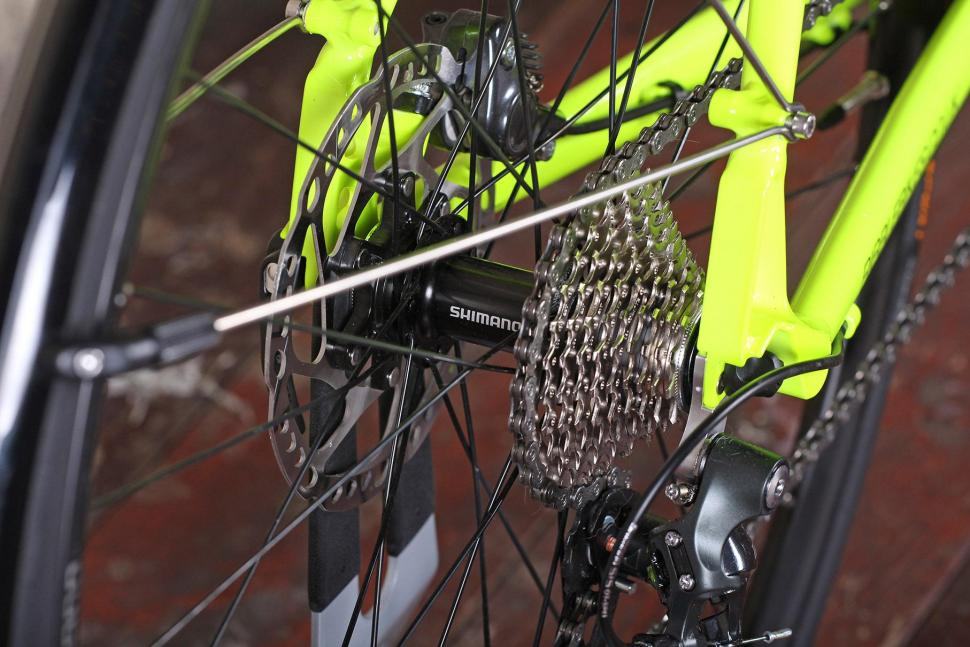 Ribble CGR - rear hub.jpg