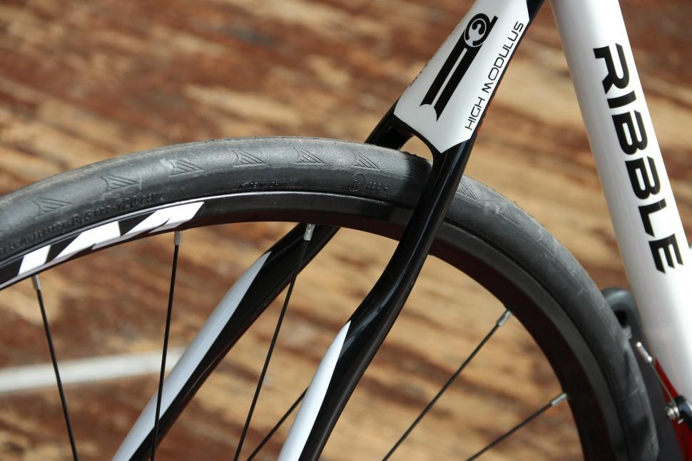 Ribble Gran Fondo - rear wheel.jpg