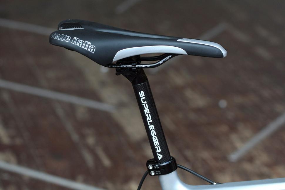 Ribble R872 - saddle and post.jpg