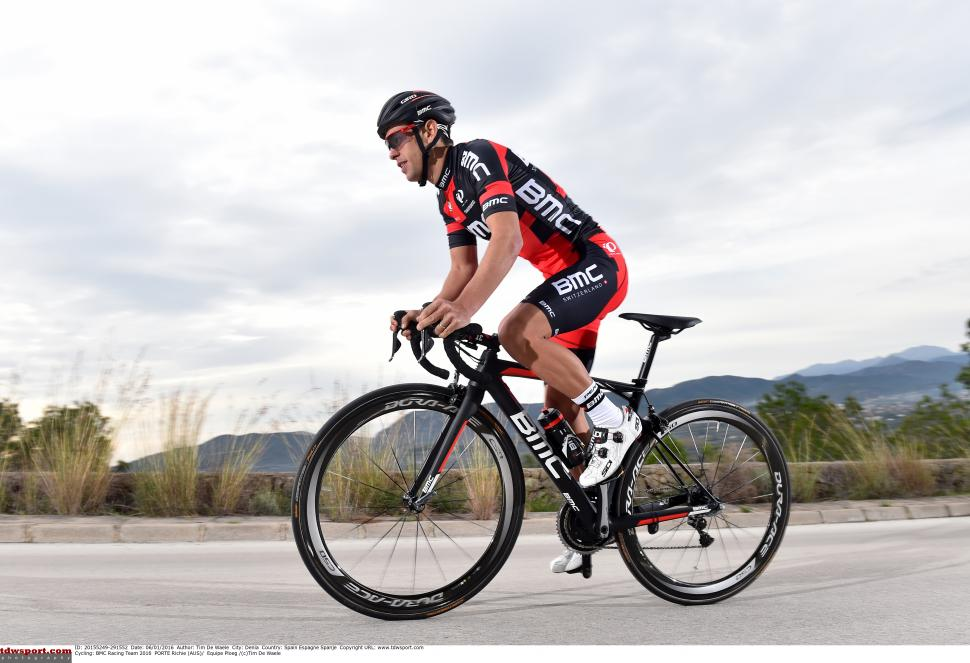 2016 pro bike richie porte shows of his new bmc