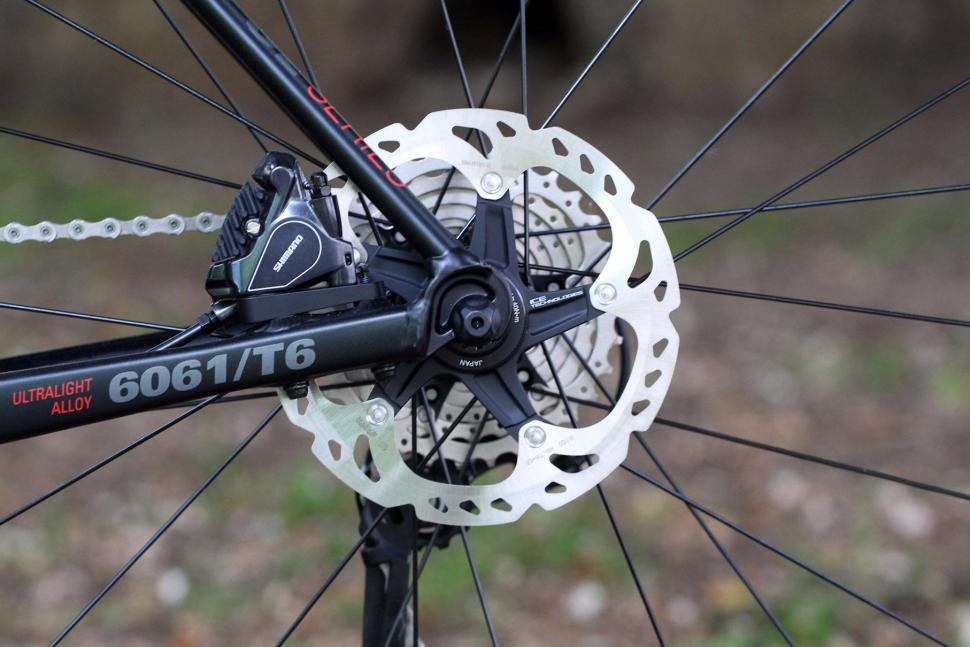 Rose Pro SL - rear disc brake.jpg