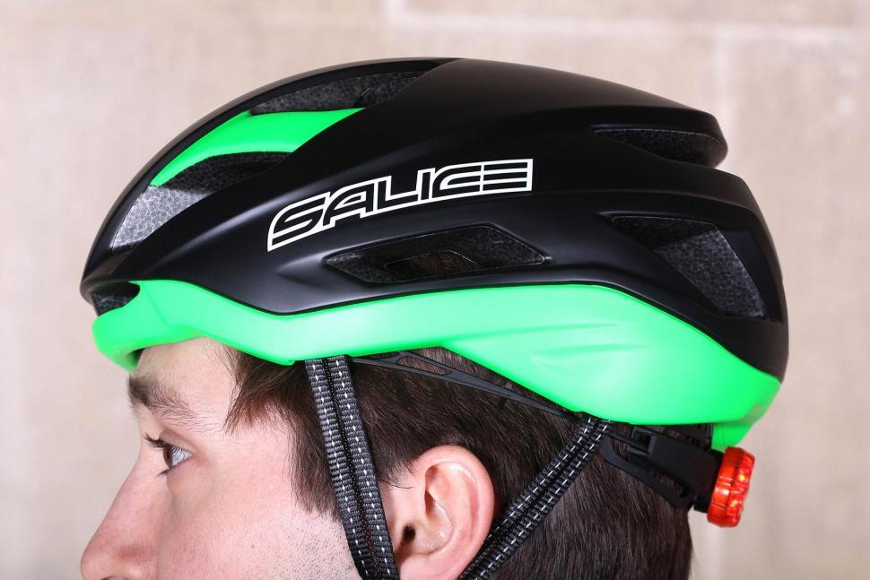 Salice Levante Helmet - side 2.jpg