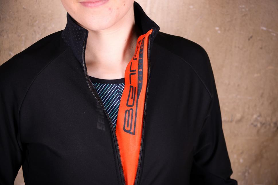Santini Womens Beta Winter Windstopper Jacket - placket.jpg