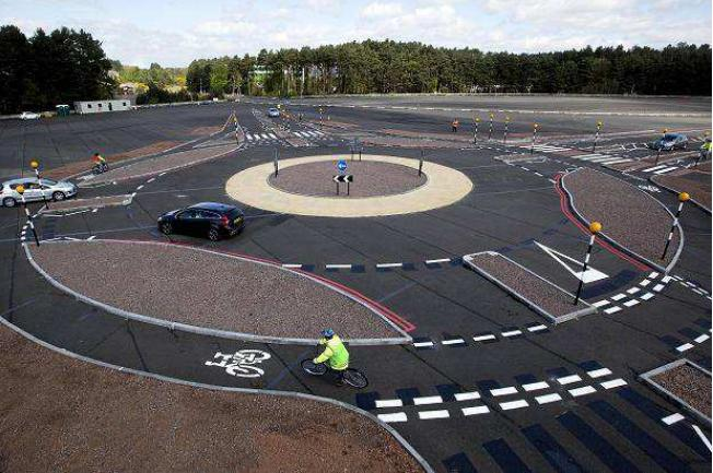 Transport Research Laboratory Dutch Roundabout