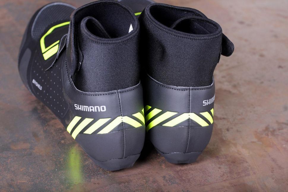 Shimano RW5 Dryshield SPD-SL shoes - heels.jpg