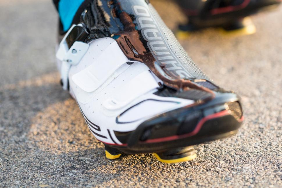 Shimano SPD-SL on shoes (1).jpg