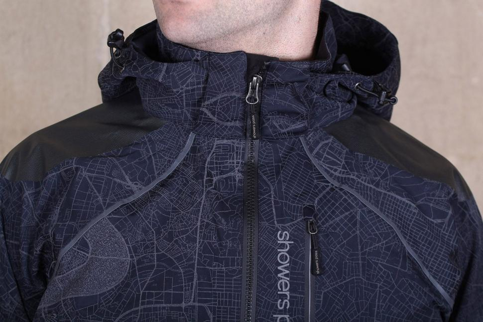 Showers Pass Atlas Jacket - collar.jpg