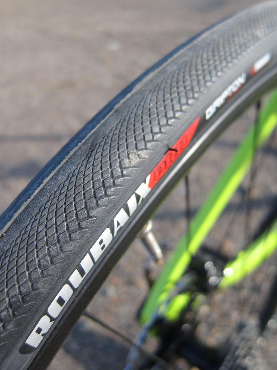 Specialized Diverge Comp Carbon - Roubaix Pro Tyre.jpg