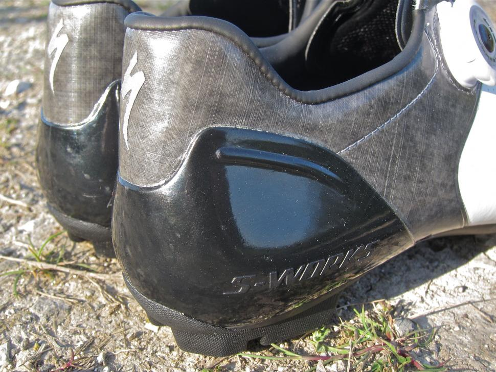 Specialized S-Works 6 XC MTB Shoe - Heel Cups Side.jpg