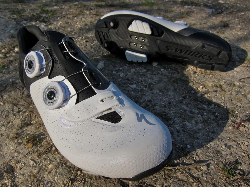 Specialized S-Works 6 XC MTB Shoe - Packshot Top Bottom.jpg