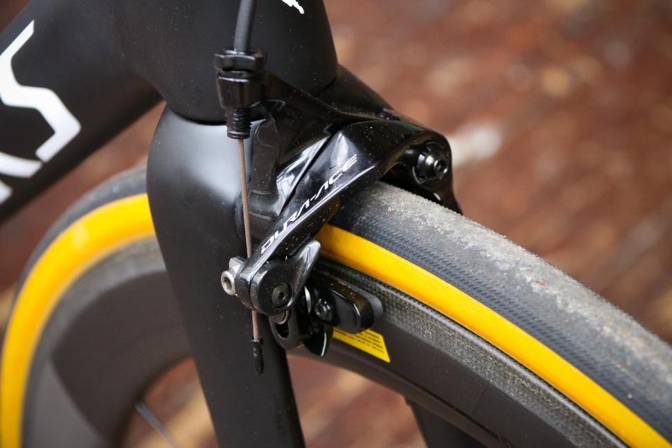 Specialized S-Works Tarmac - front brake.jpg