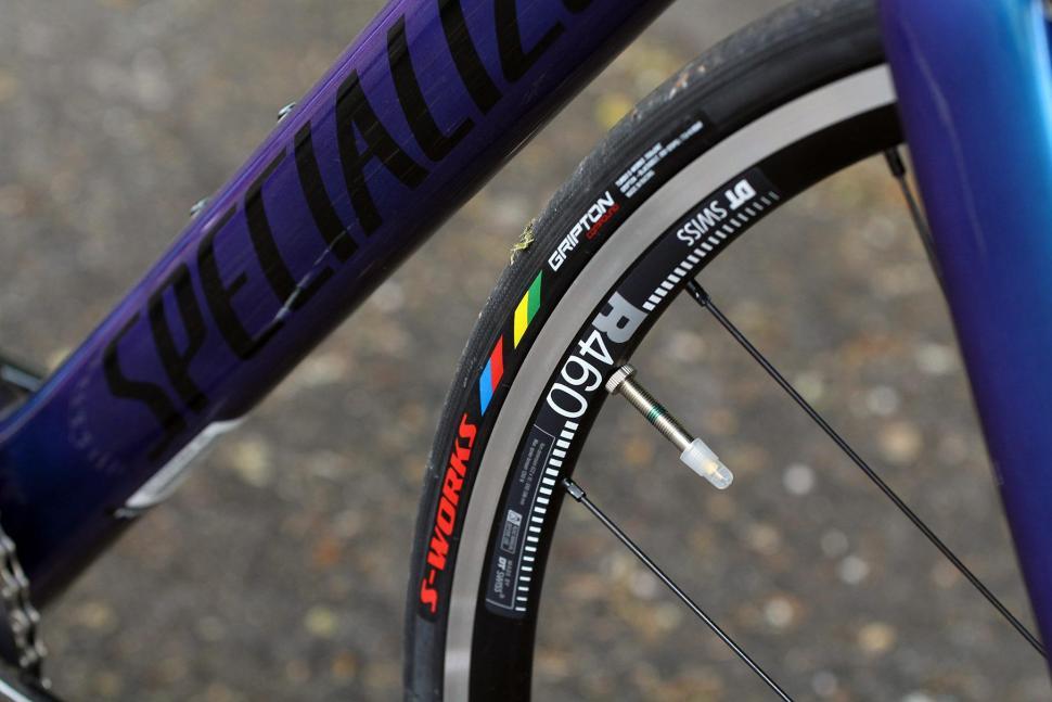 Specialized Tarmac Expert - tyre.jpg