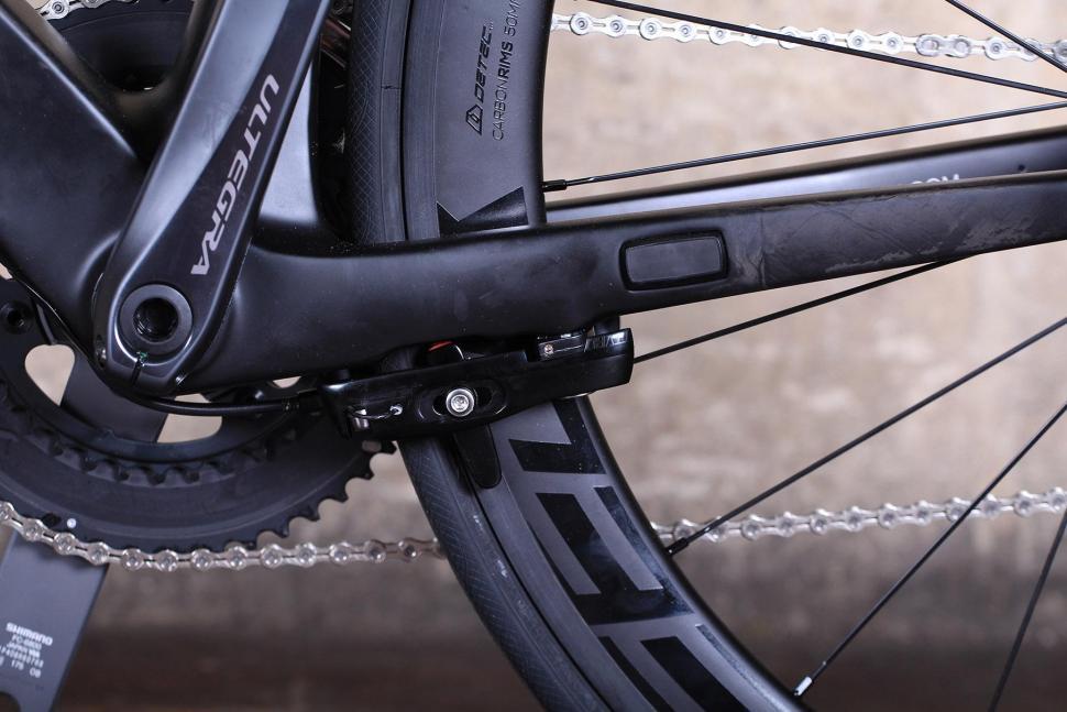 SpeedX Leopard Pro - rear brake.jpg