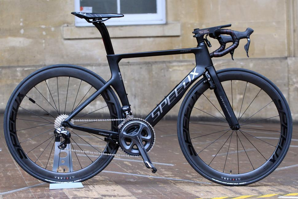 First Look: SpeedX Leopard and Leopard Pro smart road ...