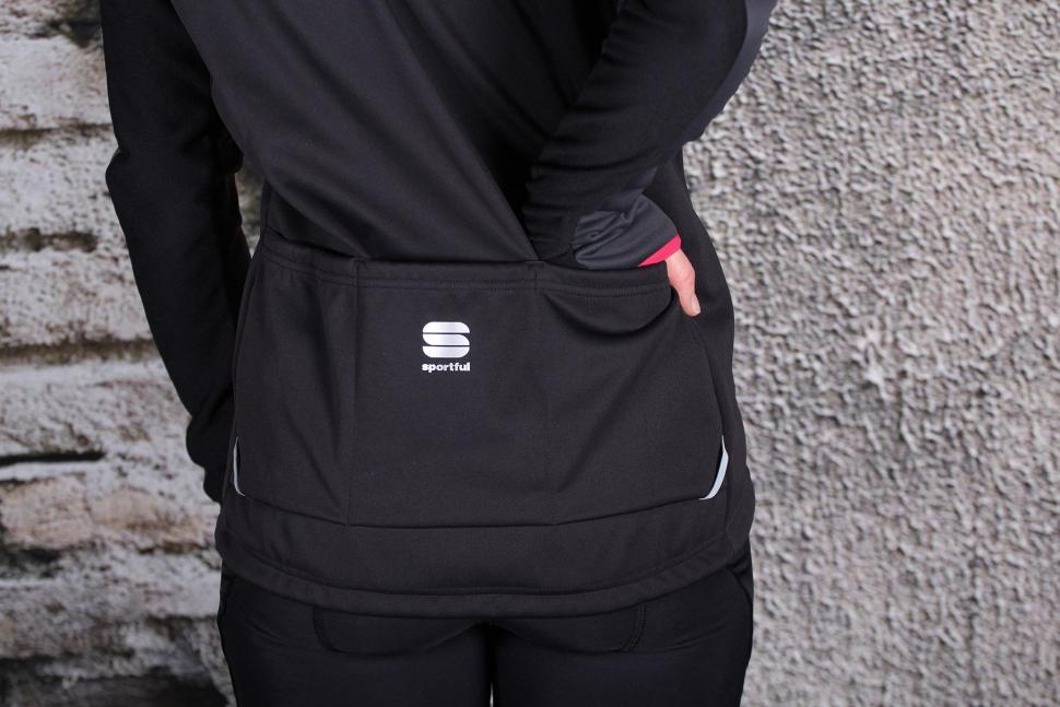 Sportful Allure Softshell Jacket - pocket.jpg