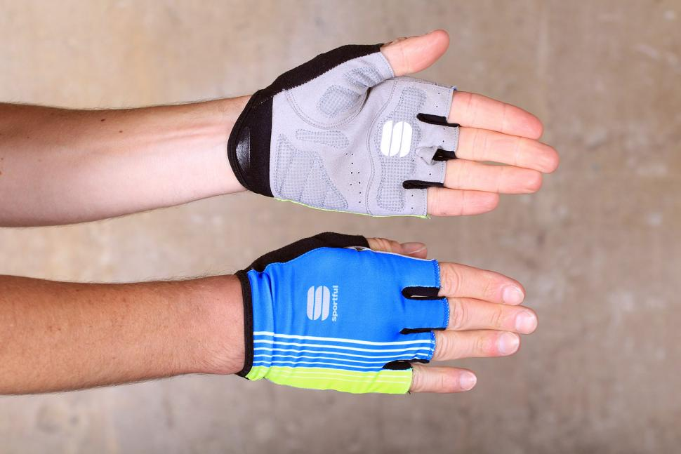 Sportful Bodyfit Pro gloves.jpg