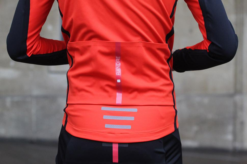 Review: Sportful Fiandre Extreme Neoshell jacket
