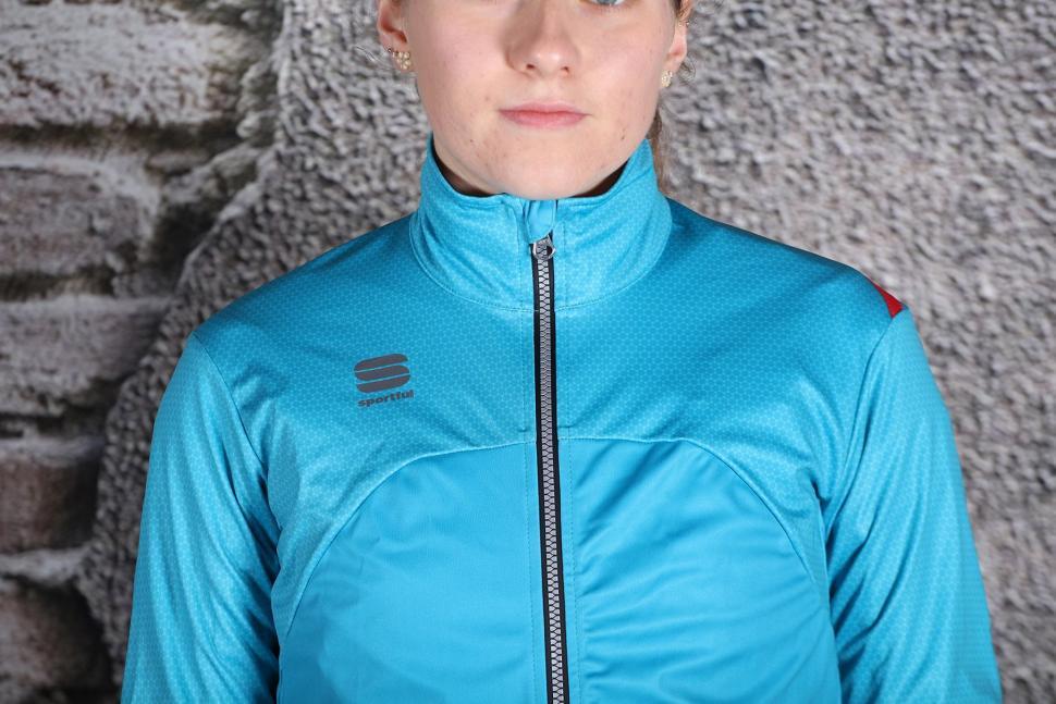 Sportful Fiandre Light WS W Jacket - chest.jpg
