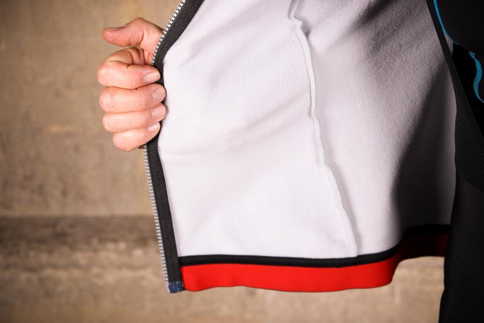 Sportful Fiandre Norain W Jacket - inside.jpg