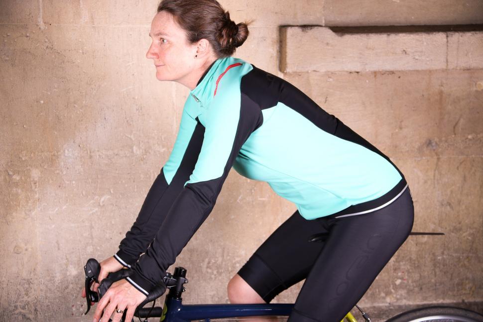 Sportful Fiandre Norain W Jacket - riding.jpg