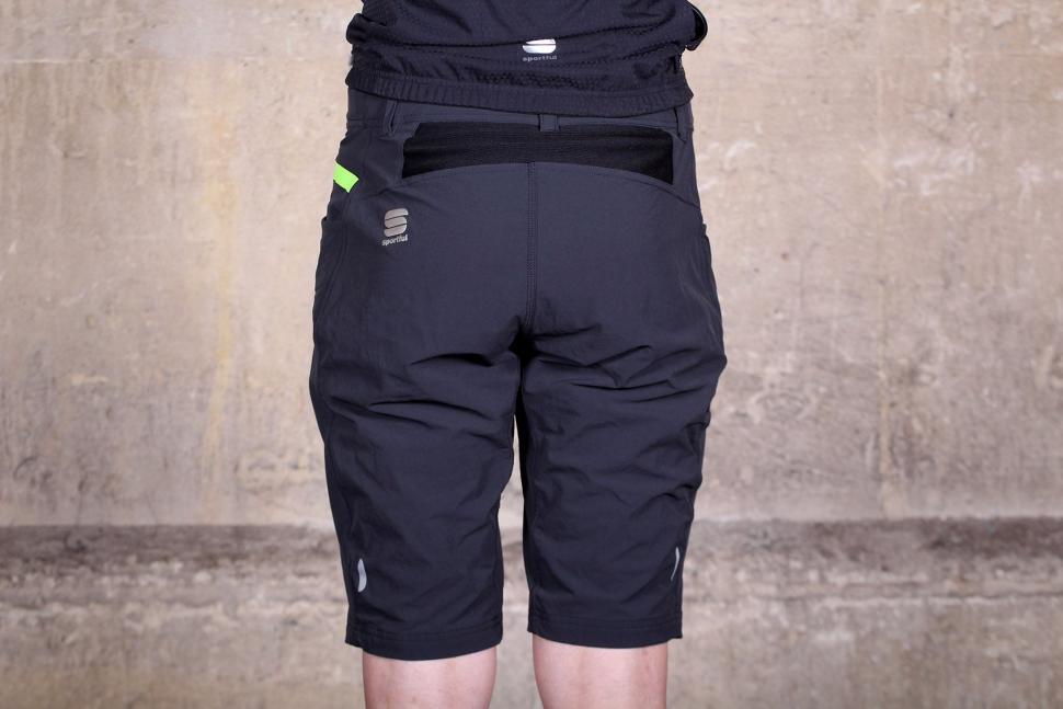 Sportful Giara Over Shorts - back.jpg