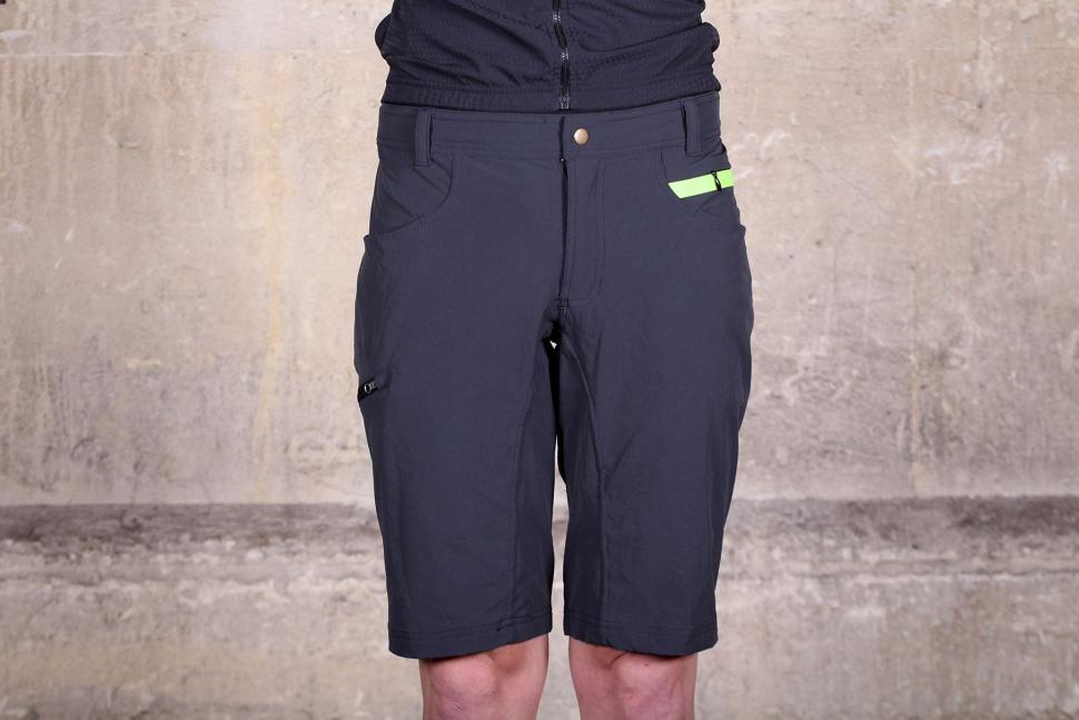 Sportful Giara Over Shorts.jpg