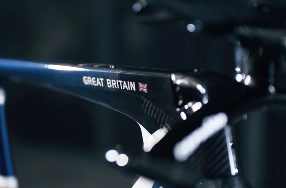 Cycling teases new cervelo track bike ahead of rio olympics road cc