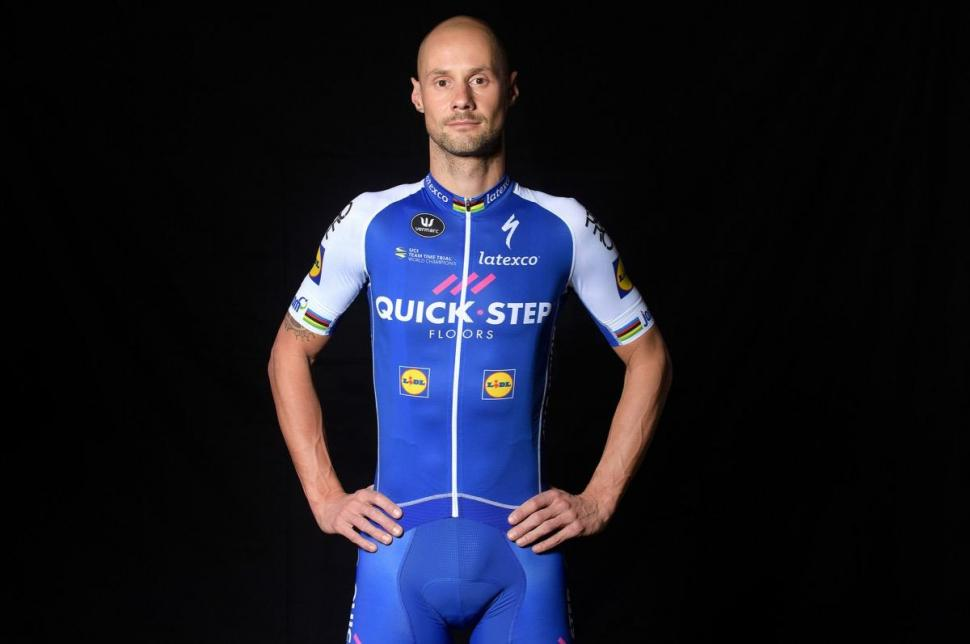 2017 uci worldtour kits the good the bad and the what for Quick step floors cycling team