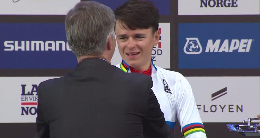 Tom Pidcock after winning 2017 UCI junior time trial world championship (UCI YouTube video still).PNG