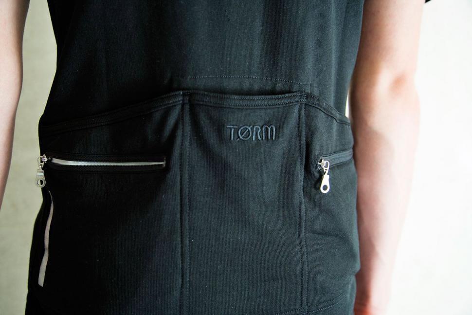 Torm-T7-Jersey---pockets.jpg