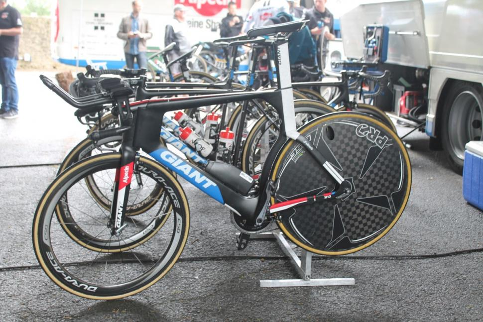 Tour de France 2016 Giant Alpecin Giant Trinity - 1.jpg