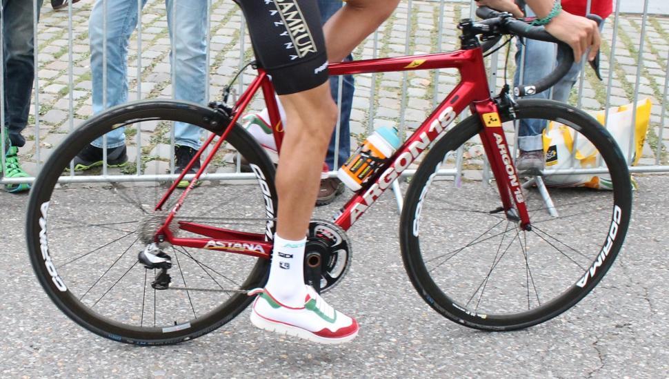 Tour Tech 2017- Aru Corima wheels - 1.jpg