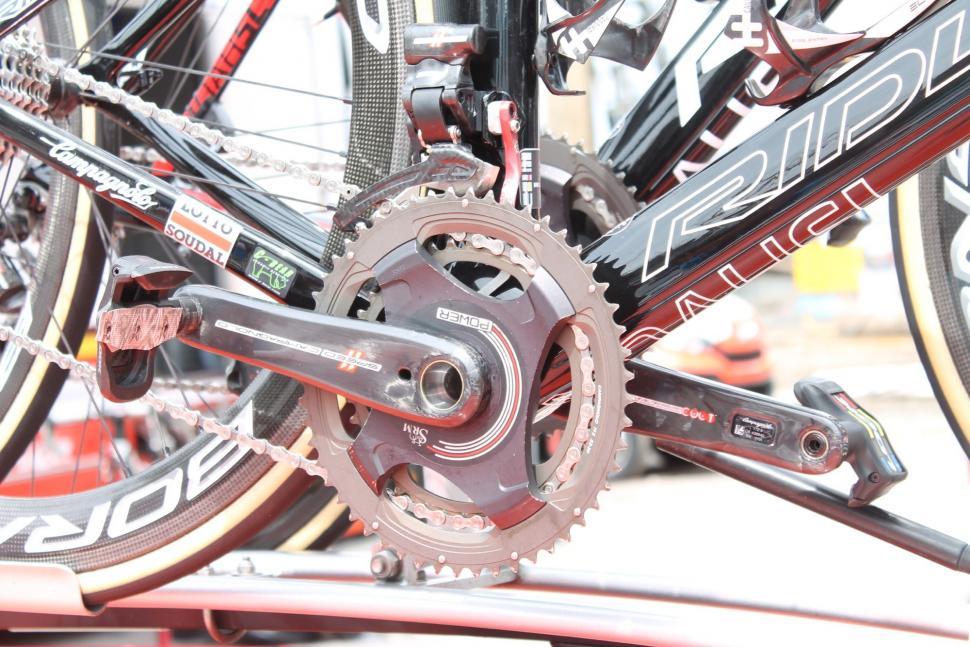 Tour Tech 2017 - pedals Greipel Look Lizard Skin tape - 1.jpg