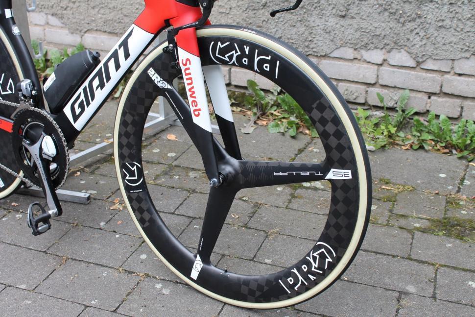 Tour Tech 2017- Warren Barguil pro time trial wheels - 2.jpg