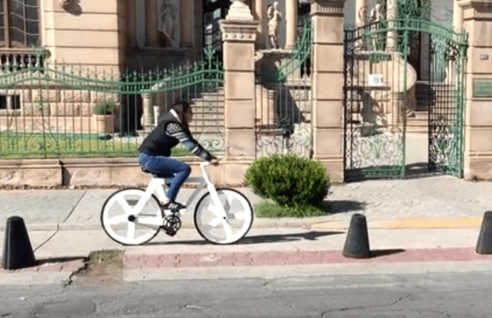 Urban GC1 recycled paper bike - image via Greencode Kickstarter.PNG