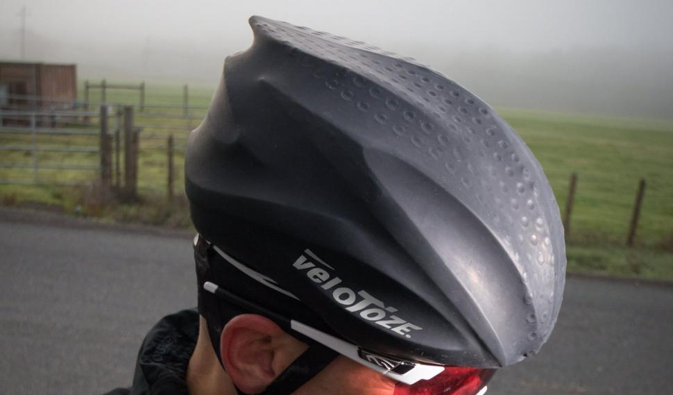 Velotoze Adds Rubber Helmet Cover To Range Road Cc