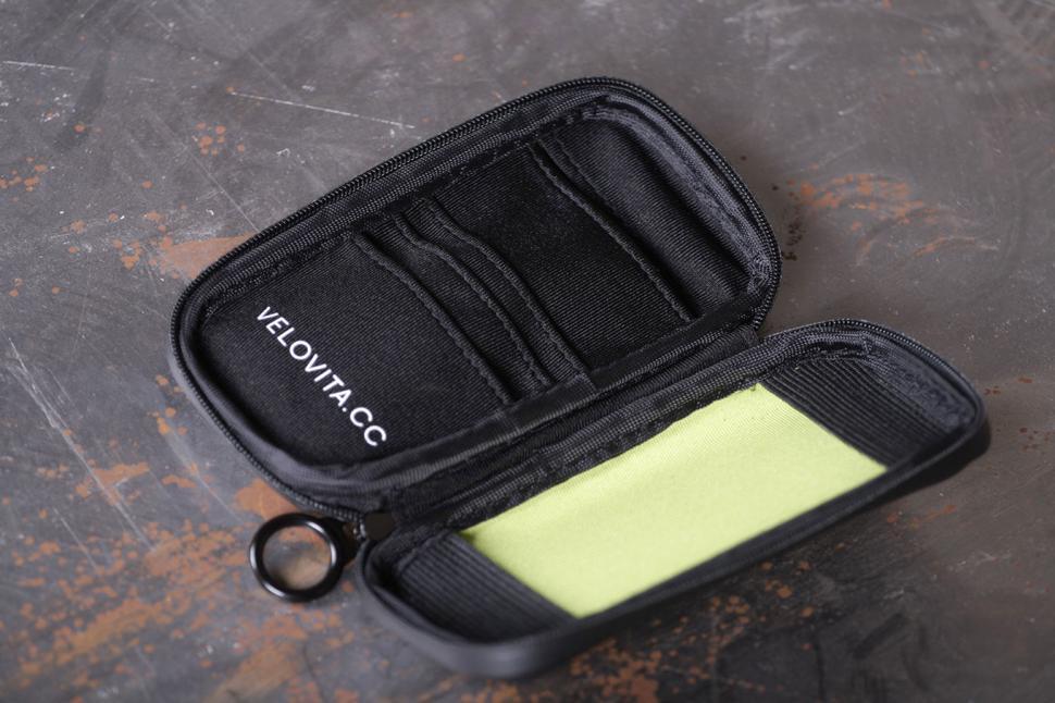 Velovita Pocket Pack small.jpg